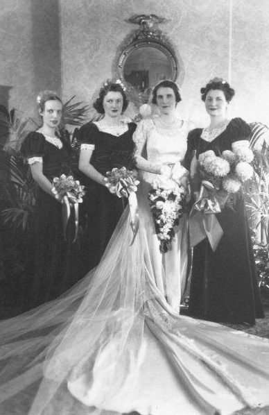 Mom w Nora Tappan, Mary Mc Ginnis, Mary Hepburn
